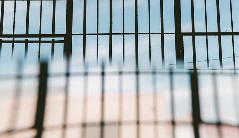 California, Incatenati Al Letto Dai Genitori: Quando Il Trauma è In Famiglia