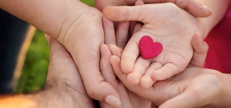 L'adozione e l'affidamento familiare: caratteristiche, protagonisti, difficoltà e risorse.
