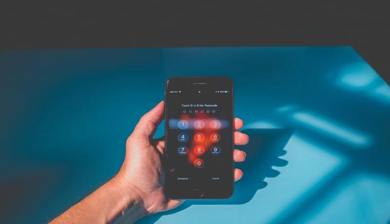 Uso eccessivo di smartphone