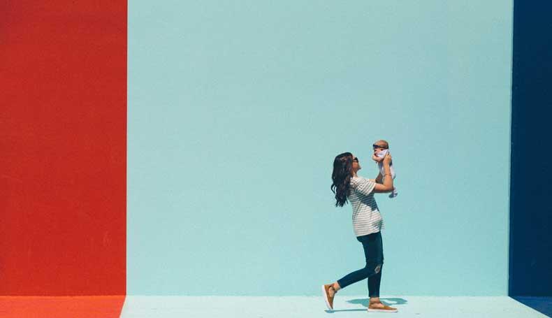 """Ecco spiegato il ruolo delle emozioni materne sullo sviluppo fetale: """"quando far del bene alla madre fa bene al bambino""""."""