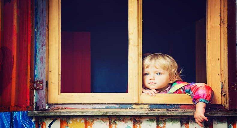 Effetti del trauma infantile sull'autoregolazione