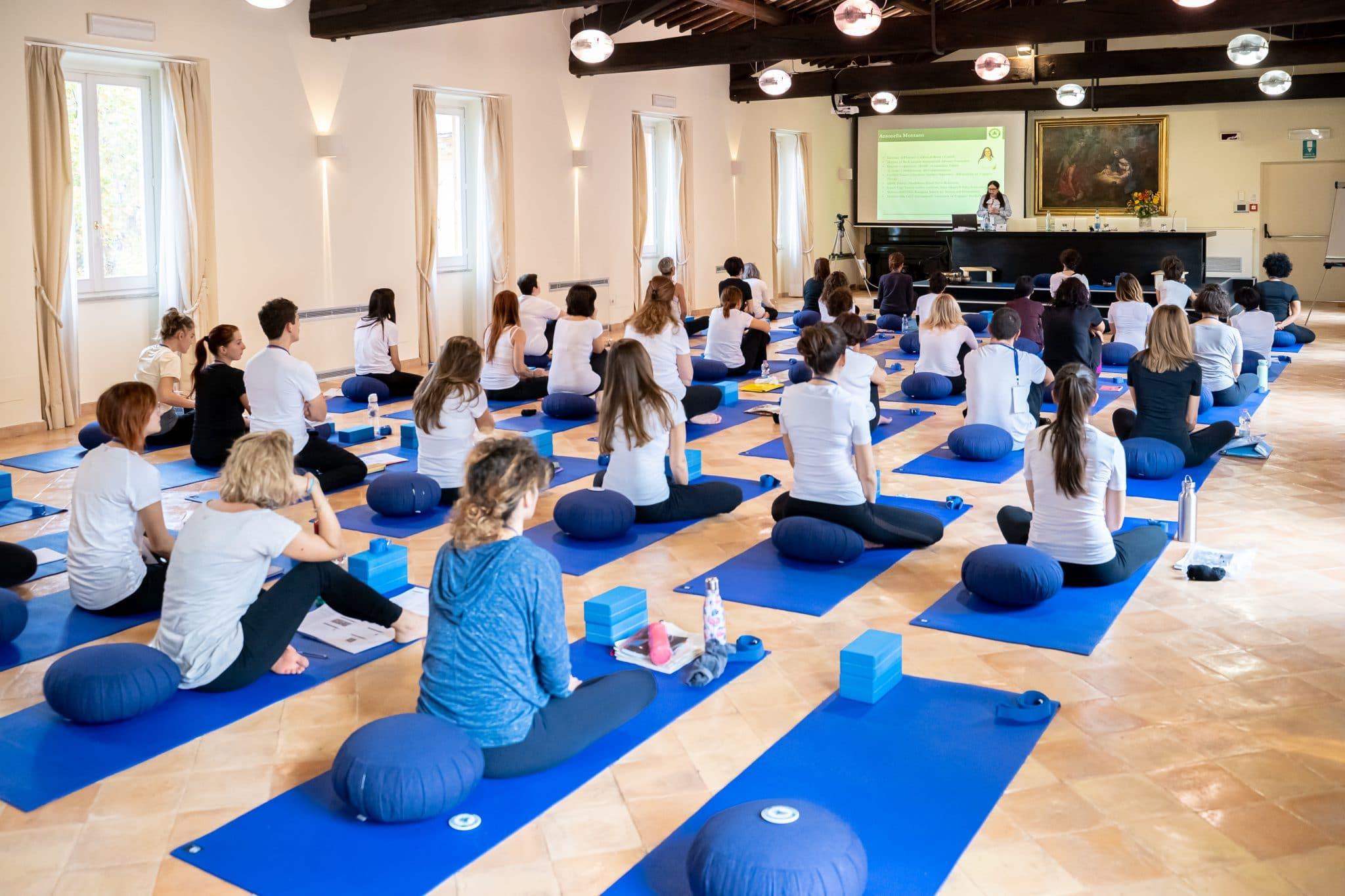 Corso Per Diventare Istruttore Yoga